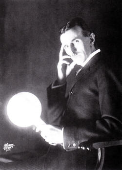 Tesla and his wireless lightglobe